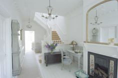 Lee Caroline - A World of Inspiration: Interior Of The Week - Shabby Chic With Touches Of Blue