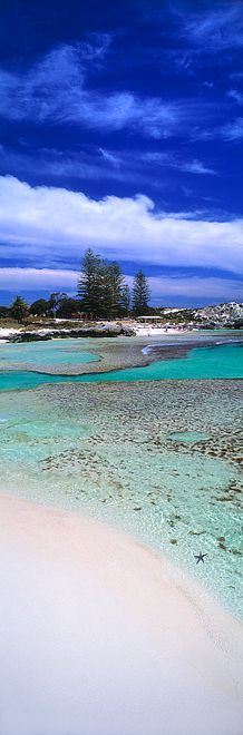 The Basin, a beautiful beach on Rottnest Island - Western Australia