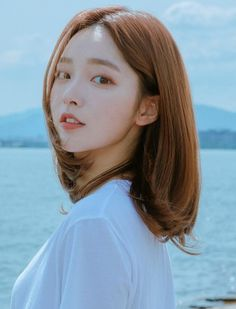 Korean Short Hair, Long To Short Hair, Short Brown Hair, Girl Short Hair, Short Curly Hair, Ulzzang Hair, Mode Ulzzang, Ulzzang Korean Girl, Pretty Korean Girls