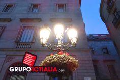 Plaça Sant Jaume, Barcelona. Grup Actialia ofrece sus servicios en Barcelona: Diseño web, Diseño gráfico, Imprenta y Rotulación. www.grupoactialia.com