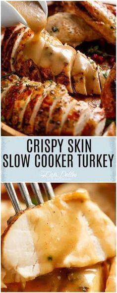 Crispy Skin Slow Cooker Turkey ist der saftigste Truthahn, OHNE Brining OR - Crockpot Recipes - rezepte Slow Cooker Turkey, Crock Pot Slow Cooker, Pressure Cooker Recipes, Crock Pot Turkey, Pressure Cooker Turkey, Slow Cooking, Cooking Recipes, Cooking Light, Beginner Cooking