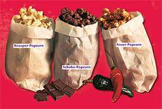 Wir versprechen euch: Unsere drei Popcorn-Rezepte sind ganz großes Kino! Mit drei fabelhaften Popcorn-Variationen lassen wir es krachen #geolino #kochen #kinder #popcorn #kino #filmabend #Schokopopcorn #Feuerpopcorn #Knusperpopcorn