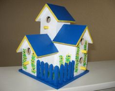 Decorative Bird Houses, Bird Houses Painted, Birdhouse Designs, Birdhouse Ideas, Fairy Garden Houses, Vintage Marketplace, Birdhouses, Little Darlings, Projects To Try