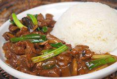 Beef & Mushroom Stir Fry by ItsJoelen, via Flickr