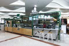 Freshii store by Masterplanners Interiors, Perth – Australia Retail Design, Kiosk Design, Store Design, Visual Merchandising, Semi Open Kitchen, Food Kiosk, Watercress Salad, Entertainment Table, Chicken And Shrimp Recipes