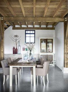 Eetkamer met eetfauteuils Zaragossa | Voor meer informatie en de diverse mogelijkheden kijkt u op www.prontowonen.nl #ProntoWonen #stoelen #woonkamer #eetkamer #interieur