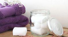 DIY : Les pastilles nettoyantes toilettes Diy Makeup, Alternative, Zero Waste, Mason Jars, Tableware, Blog, Cake, Beauty Products, Tips