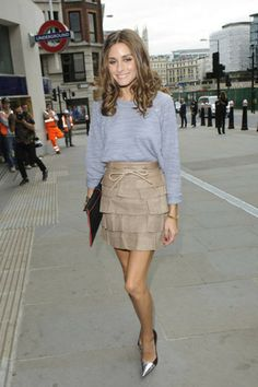 sweater dressing (..with skirts, tailored trousers, shorts, over a dress)