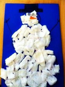 Packing Peanut Snowmen: A Fine Motor and Bilateral Craft - pinned by @PediaStaff – Please Visit  ht.ly/63sNt for all our pediatric therapy pins