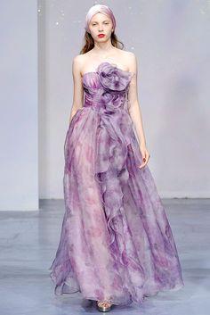 Luisa Beccaria Spring 2010 Ready-to-Wear Fashion Show - Svetlana