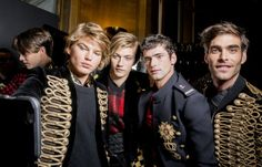 Jordan Barrett, Lucky Blue Smith, Sean O'pry & Jon Kortajarna by Kevin Tachman - Backstage at Balmain Fashion Images, Fashion Pictures, Jordan Barrett, Sean O'pry, Lucky Blue Smith, Jon Kortajarena, Francisco Lachowski, Cute Actors, Mens Style Guide