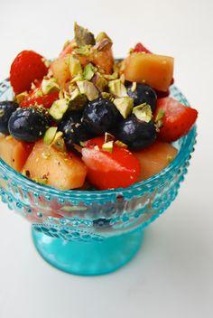 pistachio custard   Pistachio Fruit Salad Recipe For Kids With Custard In Urdu That Keeps ...