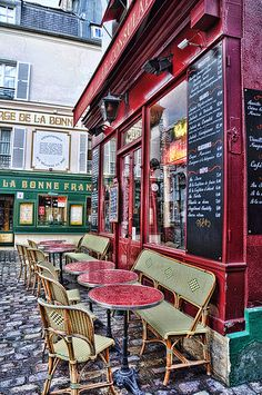 What if we can paint! We could get a bench and a couple tiny tables and make a breakfast nook or dining area that feels like this!!! Parisian Bistro.