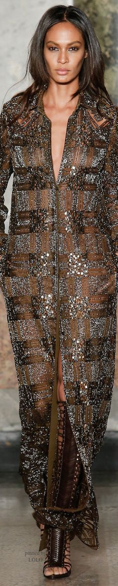 The complete Emilio Pucci Fall 2014 Ready-to-Wear fashion show now on Vogue Runway. Emilio Pucci, Runway Fashion, Fashion Show, Milan Fashion, Gypsy Fashion, Women's Fashion, Review Fashion, Daily Fashion, Street Fashion