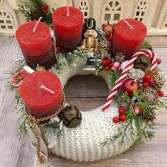 Adventi koszorúk és még sok más - Villa Majolika Winter Christmas, Christmas Wreaths, Xmas, Decoupage, Table Decorations, Holiday Decor, Villa, Home Decor, Christmas Tables