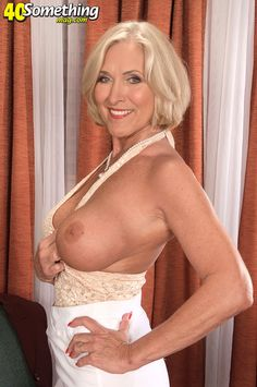 mature cougars and milfs