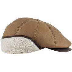 A very warm men's classic flat cap with a foldable earflap. Made of very soft, high quality natural shearling leather. On the top of its 8 panels crown there is a decorative button, its visor is sewn down to the crown. Because of the used materials and the external foldable earflap, this...