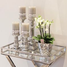 Candlesticks – / – 🌿 Mirror tray – 🌿 Flower pot – 🌿 www.no - Decoration For Home Table Decor Living Room, Glam Living Room, Decor Room, Home Decor Styles, Home Decor Accessories, Mirror Tray, Decorating Coffee Tables, Tray Decor, Living Room Designs