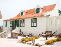landhuis-jan-kok-curacao 3d Architect, Caribbean Homes, Willemstad, Strange Places, Beautiful Islands, Heritage Site, Old Houses, Bali, Tours