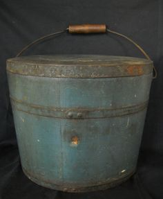 19TH CENTURY COVERED BUCKET IN OLD BLUE PAINT