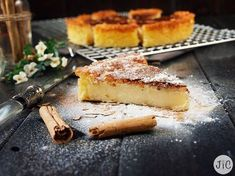 Jaleo in the Kitchen: Cake Basque inherited, a family recipe that I have sent Sweet Desserts, Sweet Recipes, Cake Recipes, Dessert Recipes, Hispanic Desserts, Spanish Desserts, Basque Cake, Cake Varieties, Dessert Platter