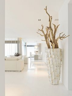 Love the neutrals and the vase