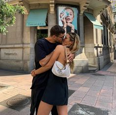 The Love Club, Love Is In The Air, Relationship Goals Pictures, Cute Relationships, Cute Couples Goals, Couple Goals, Rafael Miller, Teen Romance, Couple Aesthetic