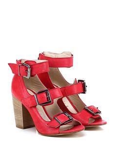 Salvador Ribes - Sandalo alto - Donna - Sandalo alto in pelle vintage con multi cinturini e zip su retro. Suola in cuoio, tacco 90. - RED - € 135.00