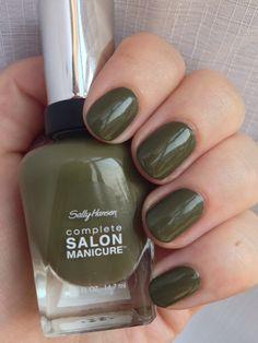 Complete Salon Manicure Loden Green