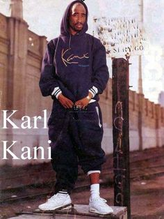 Tupac for Karl Kani Tupac Shakur, 2pac, Arte Hip Hop, Hip Hop Art, Hip Hop And R&b, 90s Hip Hop, Christy Turlington, Sweat Shirt, Estilo Cholo