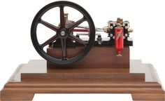 MAXWELL HEMMENS LIVE STEAM PORTER ENGINE 9-1/2 x 11 x 8-1/2 inches (24.1 x 27.9 x 21.6 cm) Well engineered 1.32 scale stationary engine model with single fly wheel.