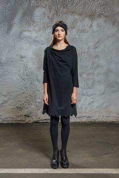 Scallop Dress black via Diba se Diva. Click on the image to see more!