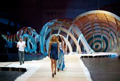 One of the most incredible catwalks! #Catwalk #Installation #Design