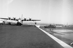 Aeroporto Marítimo de Cabo Ruivo, Doca dos Olivais Antique Photos, Old Photos, Vintage Photos, Places In Portugal, Flying Boat, Capital City, Back In The Day, Homeland, Portuguese
