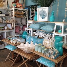 Beach homewares! Wow! My kind of store!