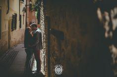 PREBODA EN TOLEDO_love sesion, reportaje de preboda, novios, boda toledo_0003_Ruben MEjias FOTOGRAFO DE BODAS,preboda urbana, preboda ciudad