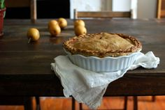 Pear pie with whole wheat crust (plus other pear recipes!)