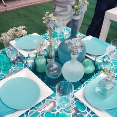 We're feeling blue from @colincowie's Today Show segment this morning! How chic is this table setting?