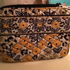 """Vera Bradley IPad Case, GO WILD New, Vera Bradley, iPad case, Go Wild pattern. Measures 10 1/2"""" L x 8"""" W. L-opening for easy accessibility. Padded and lightweight with protective foam for safe portability. Inside pocket with name card. Vera Bradley Accessories Laptop Cases"""