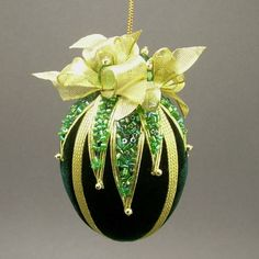 Towers & Turrets Handmade Vintage Style Beaded Velvet Egg Christmas Ornament in Collectibles, Holiday & Seasonal, Christmas Current Quilted Ornaments, Beaded Christmas Ornaments, Christmas Crafts, Christmas Decorations, Egg Crafts, Easter Crafts, Diy Ostern, Easter Parade, Egg Art