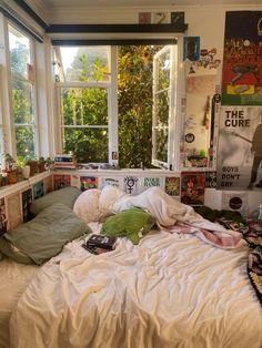 Dream Rooms, Dream Bedroom, Room Ideas Bedroom, Bedroom Decor, Bedroom Inspo, Bedroom Inspiration, Study Room Decor, Bedroom Colors, Indie Room Decor