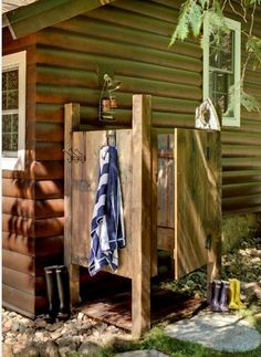 Centsational Girl » Blog Archive Thinking About... an Outdoor Shower - Centsational Girl