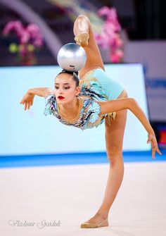 Gymnastics Pictures, Dance Photos, World Of Sports, Rhythmic Gymnastics, Grand Prix, Most Beautiful, Dance Pictures