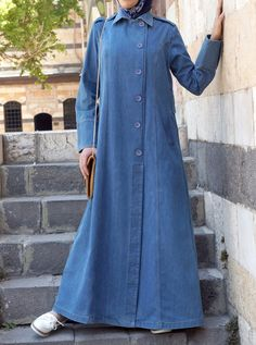 Cool Button-Up Front open Abaya Trend For 2018 – Girls Hijab Style & Hijab Fashion Ideas Abaya Fashion, Denim Fashion, Fashion Outfits, Fashion Ideas, Islamic Fashion, Muslim Fashion, Denim Abaya, Hijab Evening Dress, Abaya Designs