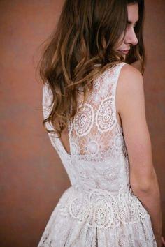 Alina Pizzano lace wedding dress. OOH! SO FUN YET CLASSY! This is soooooo me!