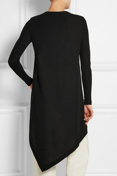 Black stretch-knit  Slips on  95% viscose, 3% polyamide, 2% elastane  Dry clean  Made in France