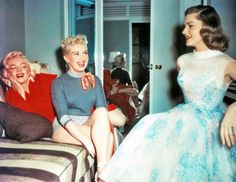 Marilyn Monroe, Betty Grable and Lauren Bacall on the set of How To Marry a Millionaire (1953)