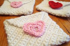 Crochet Valentine Envelopes WeloveCraftyTracey.com