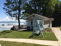 20 best traverse city lodging images traverse city lodging motel rh pinterest com