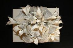 Altered book with lilies flowers - Libro de artista con flores de lises de papel - Livre plié avec fleurs de lys en papier